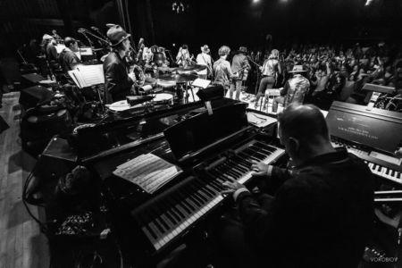 Scott Healy - Across the Great Divide Concert